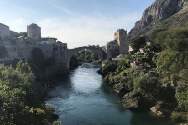 Guerra in Bosnia-Erzegovina, 25 anni fa veniva abbattuto il ponte di Mostar