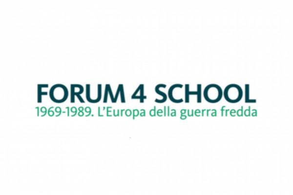 FORUM 4 SCHOOL 1969-1989 L'Europa della guerra fredda