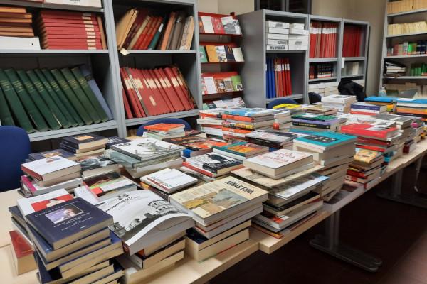 La biblioteca si rinnova