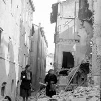 Area tra Via San Paolo e Via Tre Re dopo il bombardamento del 13 maggio 1944.