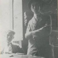 Nella sede della Camera del lavoro sindacalista di Modena nel 1919