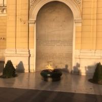 Sarajevo tra passato e presente, bella malinconica e sospesa. La Fiamma Eterna in ricordo dei caduti della Seconda Guerra Mondiale