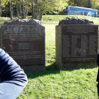 Lapide in memoria di_ vittime ebree e rom